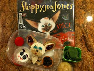 I just love all these book themed lunches! What a fun way to make reading an event . How do you make reading an event in your house?