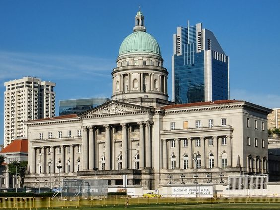 Tòa thị chính City Hall là một địa điểm du lịch nổi tiếng