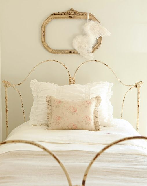 Romantic Vintage Style | Romantic bedroom | Feminine Decor | Cottage Style | Antique metal bed | Girls Bedroom Idea | Farmhouse style | Modern Farmhouse Bedroom | Country decorating | 40 Timeless and Tranquil Interior Design Inspirations - Hello Lovely Studio. Romantic European Farmhouse Bedroom Decor Ideas!