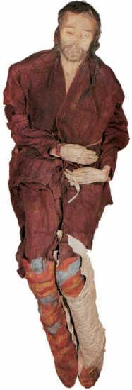 Con il termine Mummie del Tarin ci si riferisce a un gruppo di mummie, di diverse epoche e condizioni, rinvenute nella valle del fiume Tarin, presentano caratteristiche caucasiche (capelli biondi o biondo-rossicci) in netto contrasto con le popolazioni mongole dominanti. Costituiscono quindi una documentazione importante per determinare la diffusione dei diversi gruppi etnici nei continenti in età preistorica Cerca con Google.