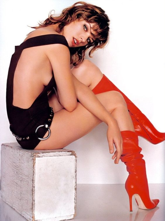 Milla Jovovich Red Boots!