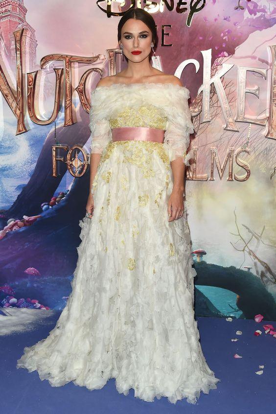 Hot or Not - Keira Knightley  alla prima del nuovo film Disney