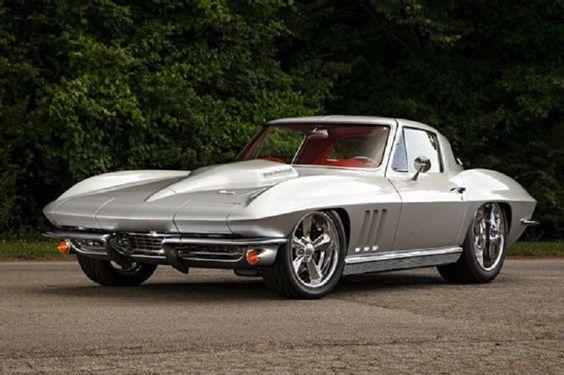 Silver Corvette 1966
