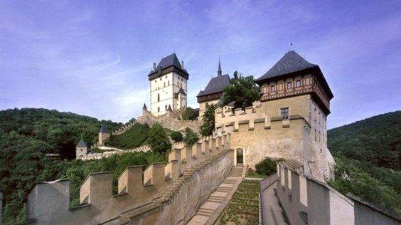 Karlstejn: el castillo más famoso y visitado de Rep. Checa