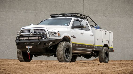 2010 - Up Dodge Ram 2500/3500 HoneyBadger Front bumper