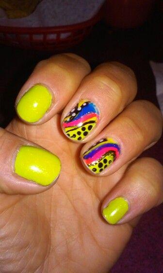 Crazy San Patrick nails