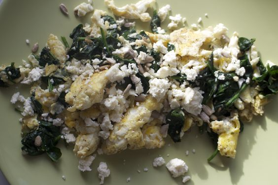 Scrambled Egg With Spinach and Feta