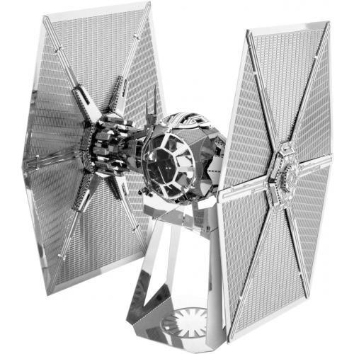 Star Wars • jetzt online erhältlich • EMP