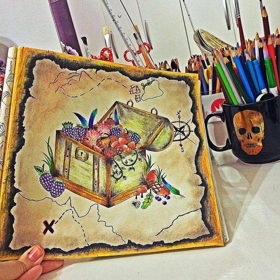 Fundo legal demais!!!!! @Regrann from @thatilovato -  Depois de horas terminei meu tesouro! Inspirado na foto do @felipegator amei! ✏️ { usei só lápis maped e faber aquarelável, e um pouco de giz pastel seco } | #thatilovato #atmosferaglamour #livrosdecolorir #florestaencantada #florestamagica #jardimsecreto #johannabasford #artecomoterapia #livrodecolorirparaadultos #lapisdecoraquarelavel #gizpastelseco #editorasextante #passatempo #colorir #colorindo #Regrann