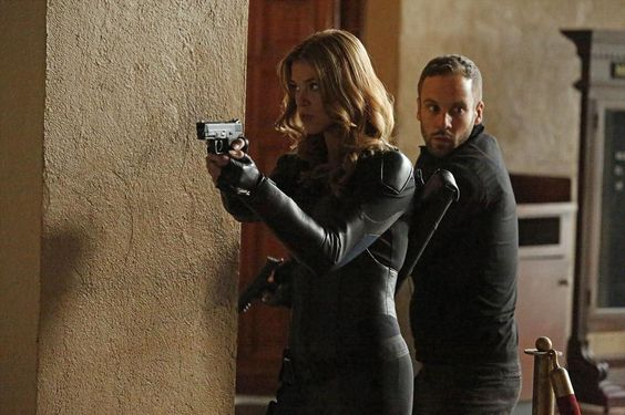 "COMICS CONTINUUM / Marvel's Agents of S.H.I.E.L.D.: ""Aftershocks"""