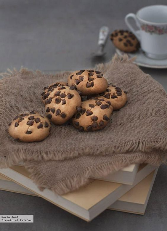 galletas de plátano y perlitas de chocolate