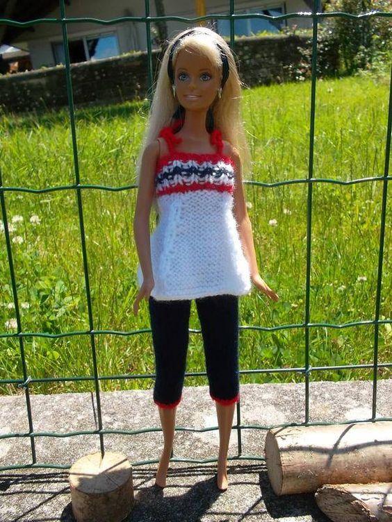 tenue citadine pour barbie et poup e mannequin v tements de poup es laine et coton fait. Black Bedroom Furniture Sets. Home Design Ideas