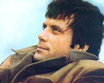 Dreamy, dreamy Oliver Reed….