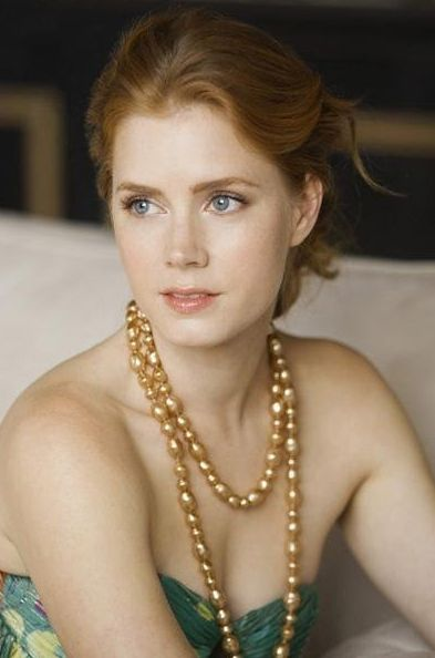 Amy Adams. Been in some good films Julie & Julia, & Catch me if u can, remember her being in good episode of Smallville!!