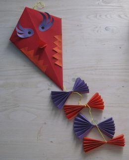 Handvaardigheid - vlieger vouwen van papier