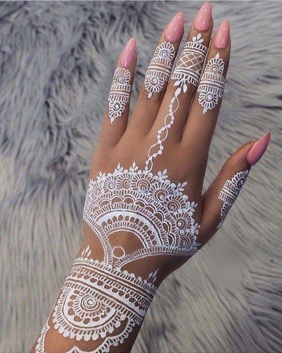 33 Adorable White Hena Inspiration In Wedding Days White Henna Tattoo Henna Designs Henna Tattoo Designs
