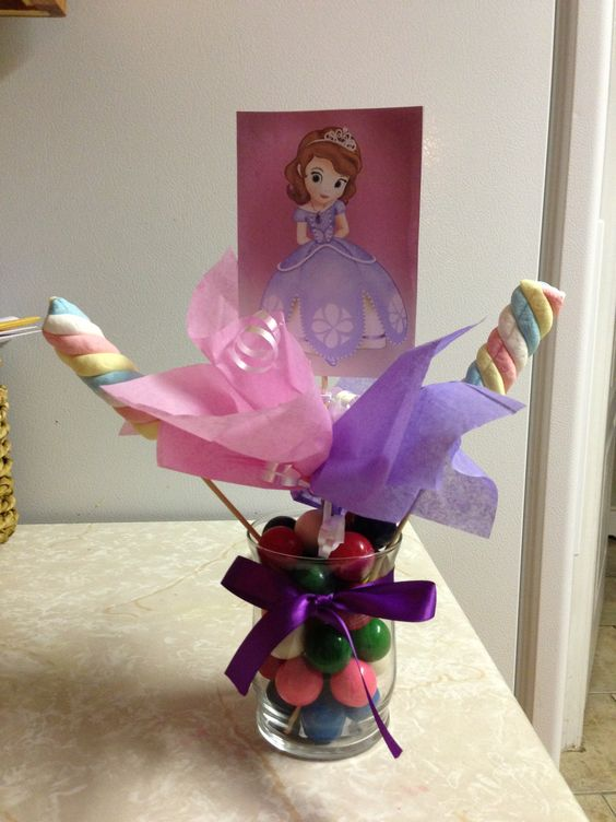 Homemade Sofia the First bday decorations :)