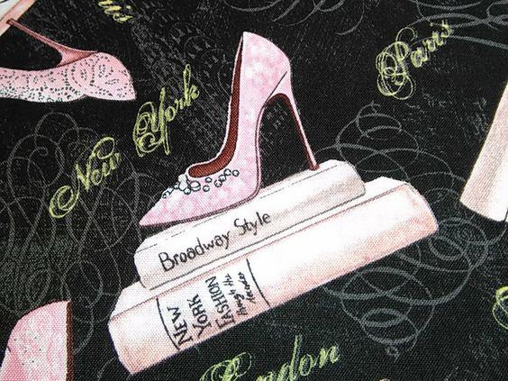 Tela de algodón estampada con zapatos de mujer - City Stile - de TelasAndDiy en Etsy