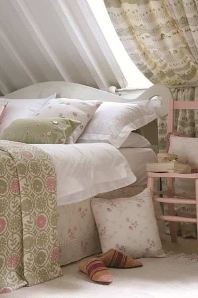 Due to their subtle patterns and pleasing colour palette, English Country Linens can be mixed and matched for a harmonious look in any space.