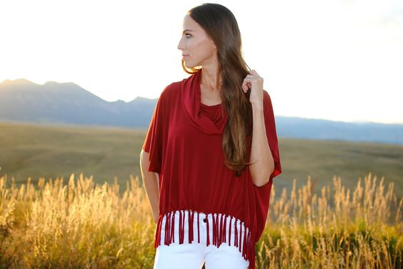 Trash To Couture: DIY COWL/FRINGE PONCHO