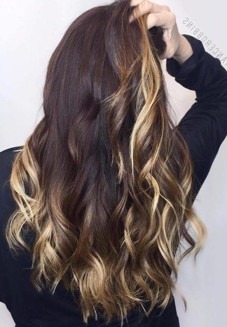 25 Two Tone Hair Color Ideas You Will Fall In Love Trends For 2019 Latest Hair Color Hair Color Auburn Blonde Hair Color
