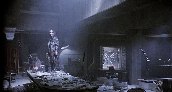 The Crow 1994 #cinematicrooms #thecrow #brandonlee #ericdraven #alexproyas #dariuszwolski #jamesobarr #rooms #interiors #aesthetic #cinematography #cinephile #film by cinematicrooms