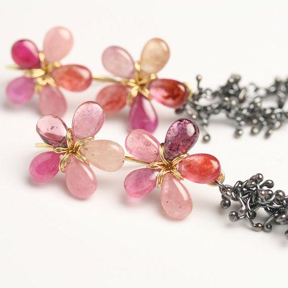 18k Gold Pearl Flower Drop Earrings by fussjewelry on Etsy