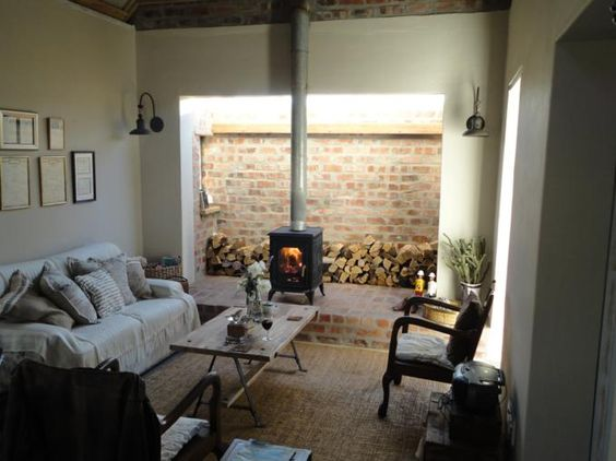 The Henhouse in Napier - Cosy fireplace in comfortable private house ... http://goo.gl/4cGyz