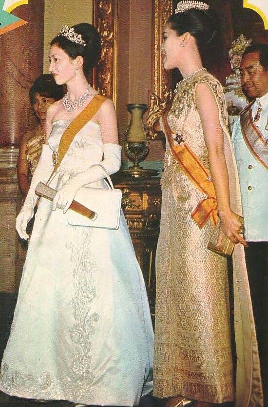 皇太子妃第一のティアラ\u201d , ティアラの物語 (Tiara\u0027s story