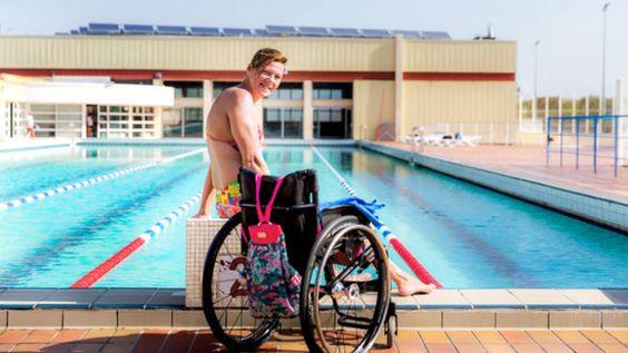 Anita Fatis, au bord du bassin d'entraînement de la piscine de Saint-Nazaire…
