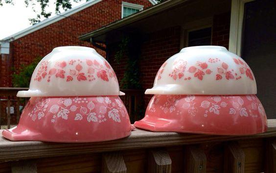 Pyrex Gooseberry Cinderella bowls set of 4