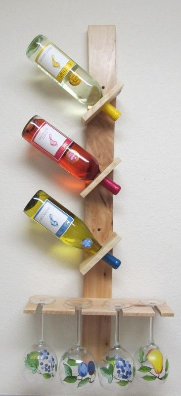 Wine bottle and glass display made out of pallets for Glasses made out of bottles
