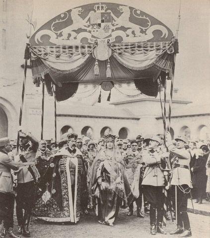 Ceremonia de incoronare de la Alba Iulia