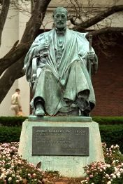 James Patterson Statue