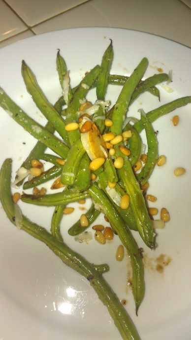 Roasted Green Beans with Lemon Garlic and Pine Nuts