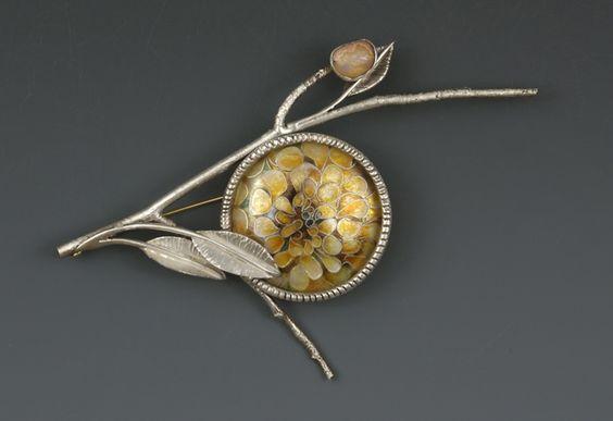 Brooch | Linda Darty.  Sterling silver, enamel: