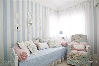 Quarto Floral azul e rosa