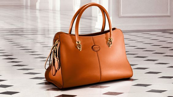 Tod's Women's Autumn Winter 2013-2014 Collection. Brilliant tones for the #Sella tote #bag in luxurious leather with golden hardware.