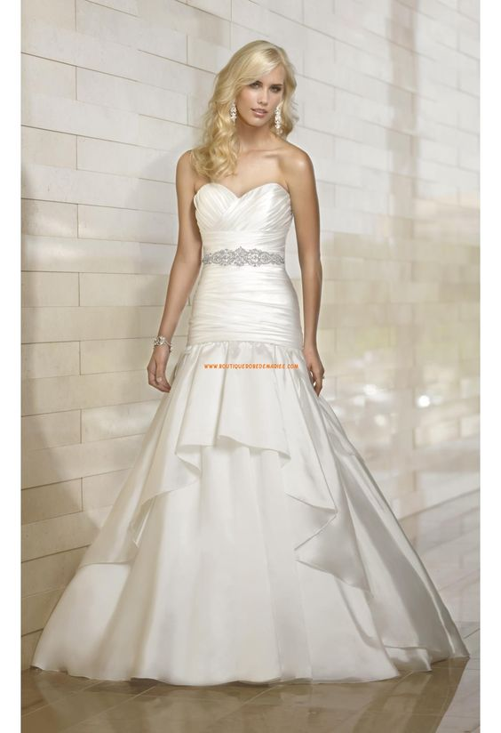 Robe de mariée trompette taffetas drapé avec ruban perlé