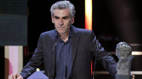 Kiko de la Rica recogiendo el Goya a Mejor fotografía por la película 'Blancanieves', en 2013.