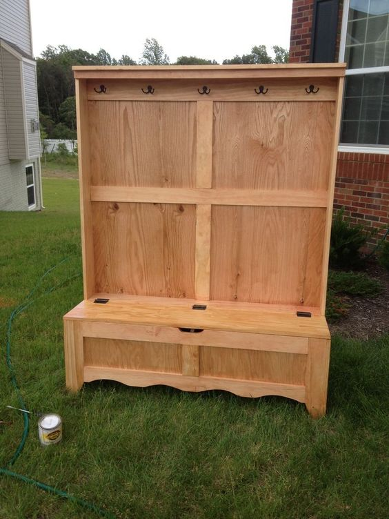 Entryway bench bench storage pictures of and entryway ideas yes i have found many do it yourself tutorials online and pinterest is fulll with bottle diy project solutioingenieria Choice Image