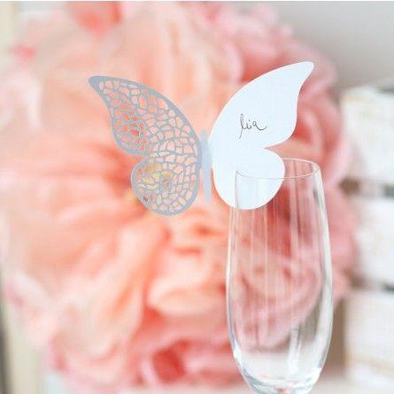 Besondere Namenskärtchen für besondere Hochzeitsgäste.  Diese Kärtchen, in Form…