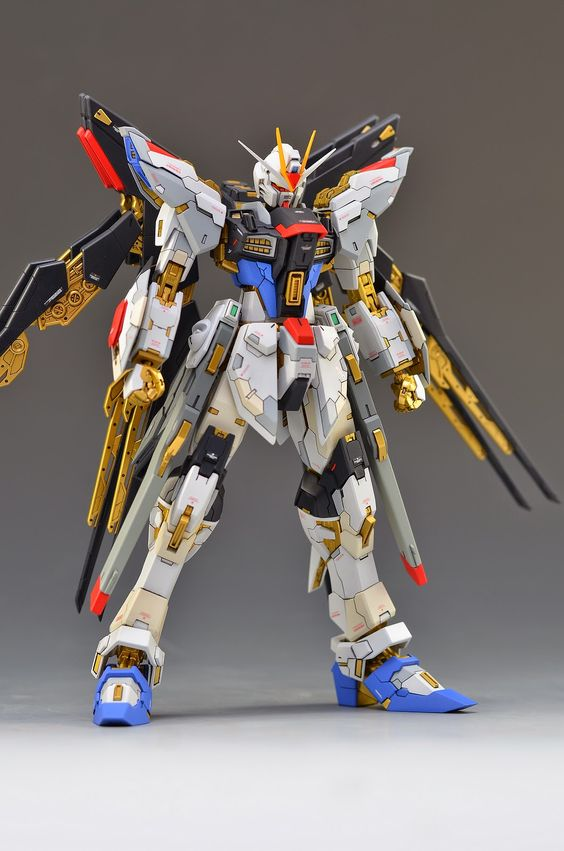Custom Build: MG 1/100 ZMGF-X20A Strike Freedom Gundam ...