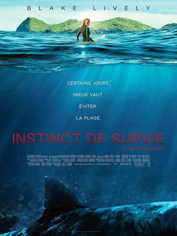 Instinct de Survie - The Shallows avec Blake Lively. Nancy surfe en solitaire sur une plage isolée lorsqu'elle est attaquée par un grand requin blanc.