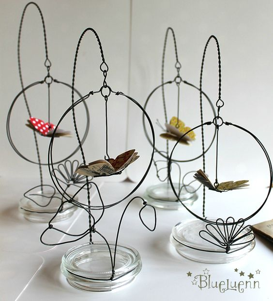 Sweet and elegant! Like this idea for hanging frame. Idea - use glass jar cover for base and wire.