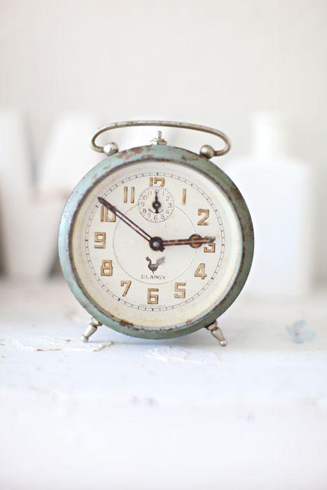 Bathroom  middot  vintage french alarm clock. vintage french alarm clock   little things I love      Pinterest