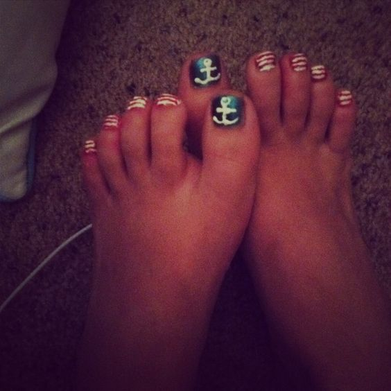 Anchor Toes for 4th of July!