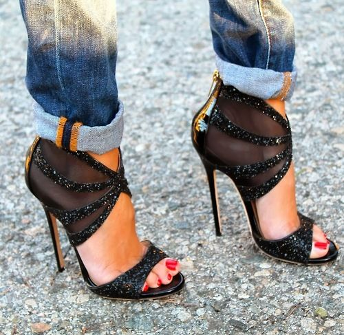 """My vegas look was on Pinterest. Took the wrong jeans to wear with my heels and """"walah"""" I was in style for once!!! lol  B"""