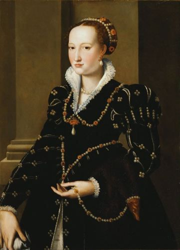 Read about the life of accomplished Isabella de' Medici (1542-1576), and the horrific murders of the Medici princesses that shocked 16th century Europe: http://madameguillotine.org.uk/2011/10/24/9436/ IMAGE: Isabella de' Medici, Allori, c1555. Photo: Pitti Palace, Florence.