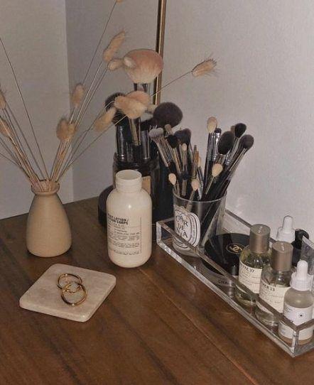 Best Makeup Brushes Holder Ideas Candles Ideas #makeup